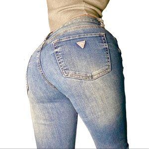 GUESS Medium Rise Skinny Sarah Fit Ripped Jeans 25